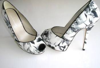 "Karen Millen shoes peeptoe whites greys flowers butterfly 5"" heel size 5"