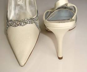 Gina Eva ivory and crystals bridal shoes 004