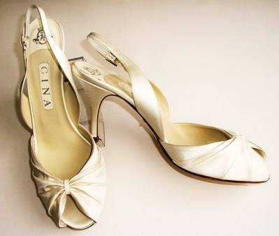 Gina cream wedding shoes size 7 7.5 004