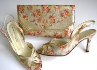 Sabrina Chic gold floral shoes matching clutch mother bride size 6