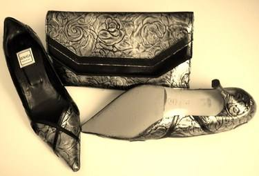 Renata gunmetal and black shoes matching clutch size 6 004