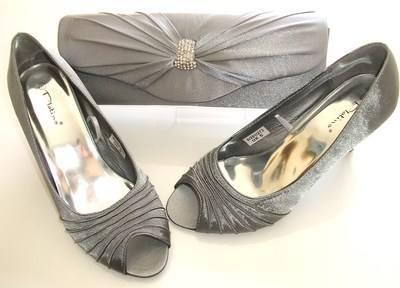 Designer Spanish Platino grey satin peeptoe matching clutch size 5