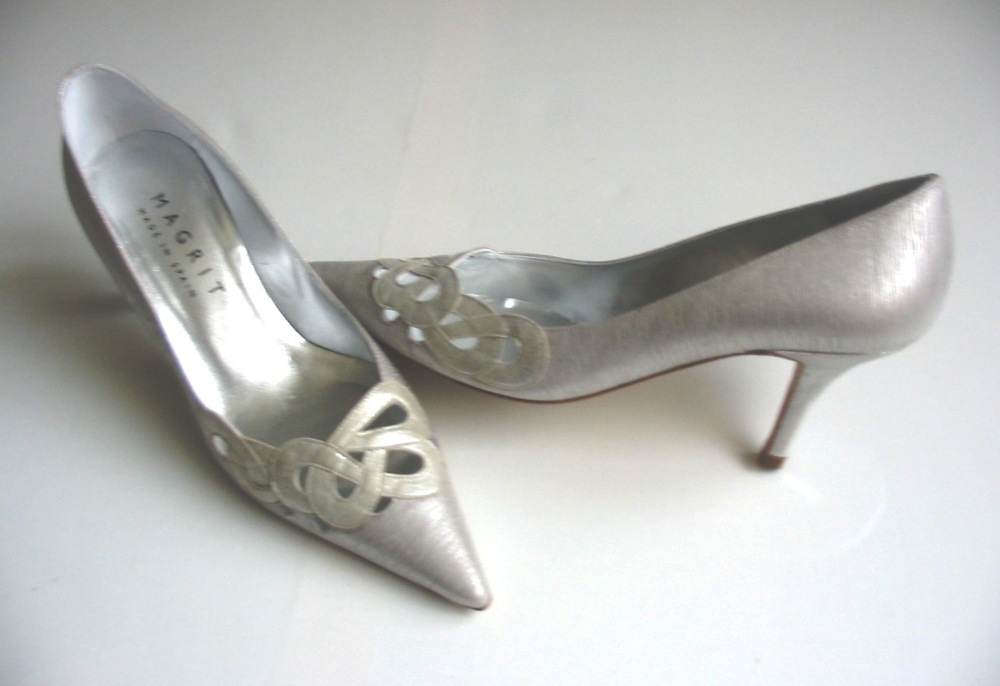Magrit designer shoes silver lame court heels size size 4 mother bride