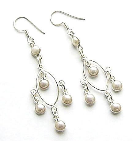 Gemstone Pendant Moonstone Pearl Shire Freshwater Silver Earrings