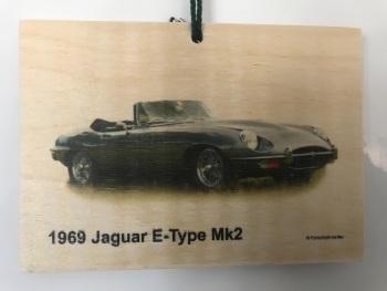Jaguar E-Type Mk2 4.2litre 1969 - Wooden Plaque 148 x 105mm