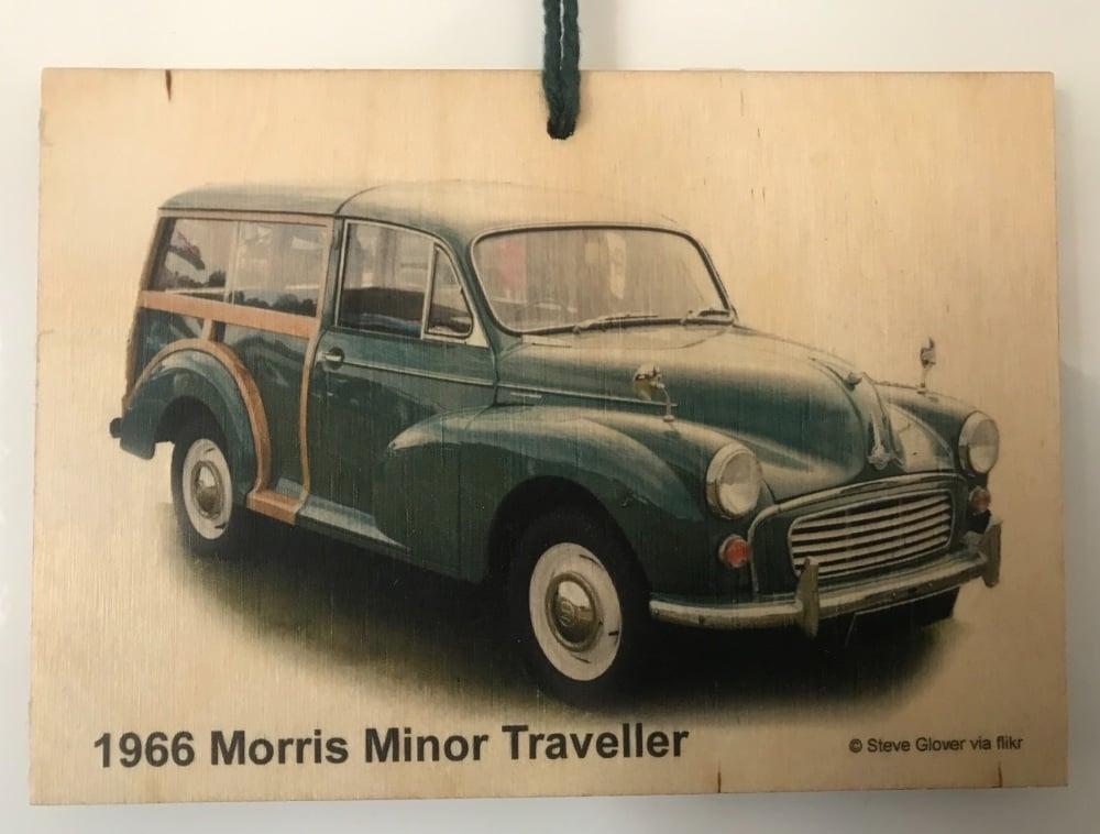 Morris Minor Traveller 1966 (Green)- Wooden Plaque 105 x 148mm