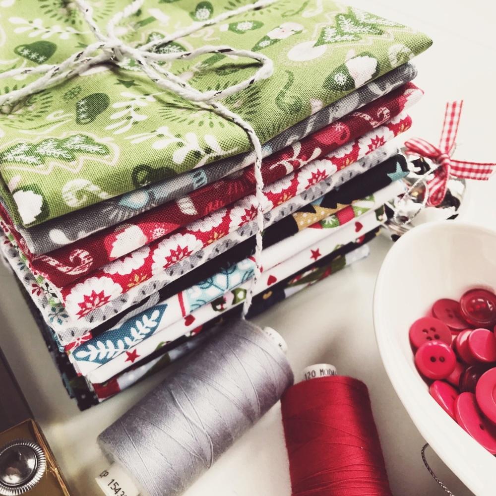 Lewis & Irene - Hygge Christmas Fat Quarter Bundle - Full Set of 15 Fabrics