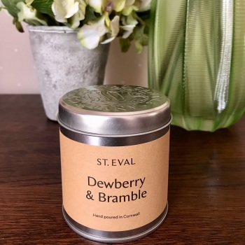 Dewberry & Bramble Candle in a Tin