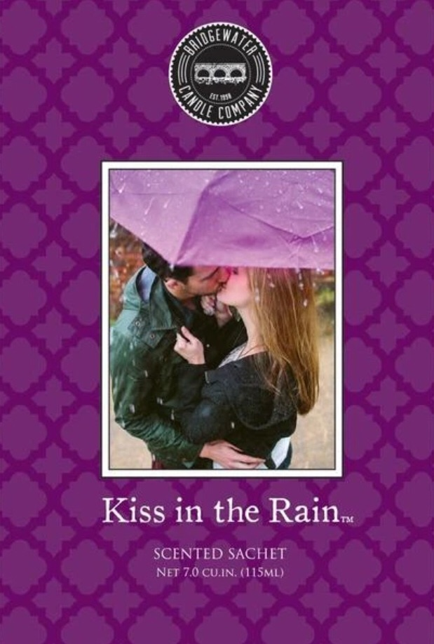 Kiss In The Rain Fragrant Sachet