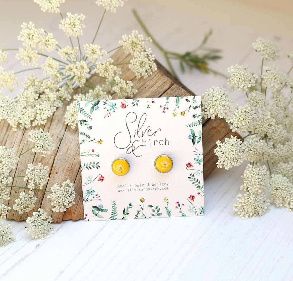 Resin And Wild Flower Earrings In Mustard