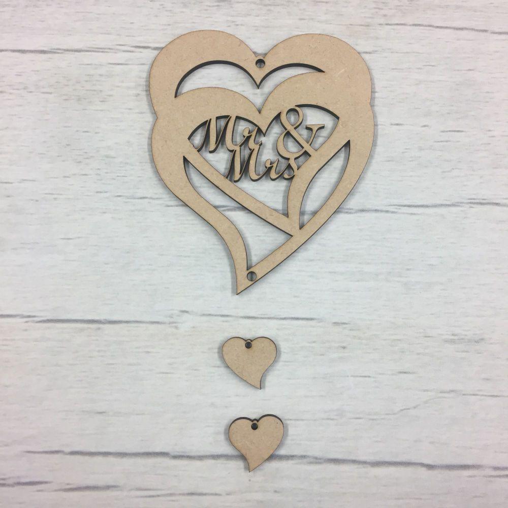 Hanging heart - 'Mr & Mrs'  1