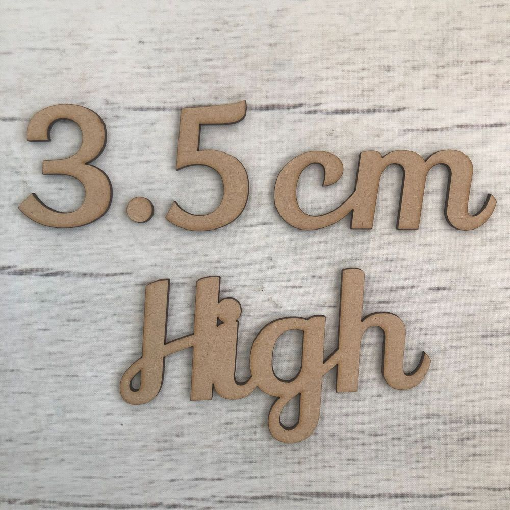3.5cm high (4mm thick)
