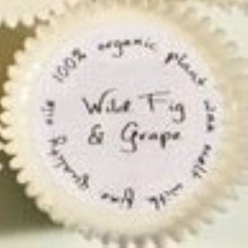 Cupcake shaped Org Wax Melt/Wild Fig & Grape