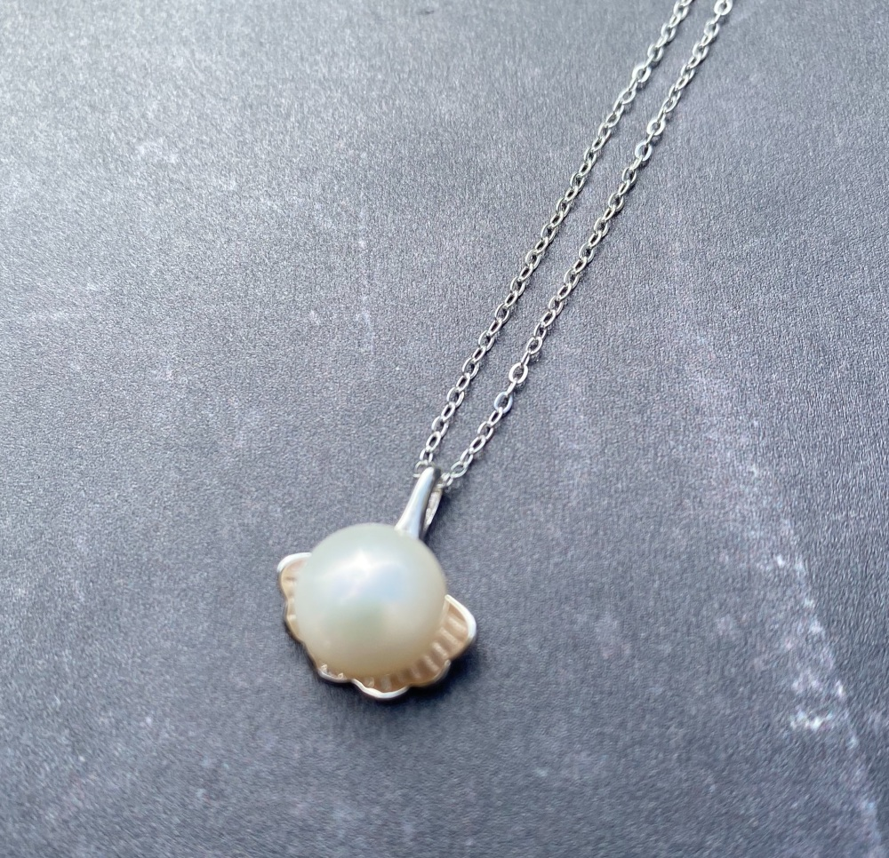Ginko Leaf and Pearl Necklace