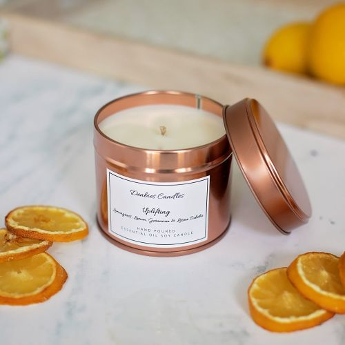 Uplifting essential oil candle