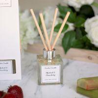 Rhubarb & Strawberry Luxury Reed Diffuser