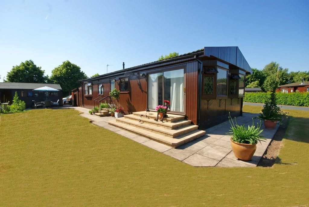 Planning Applications for Park Homes, Lodge Developments, park extensions, new holiday lodges and caravans