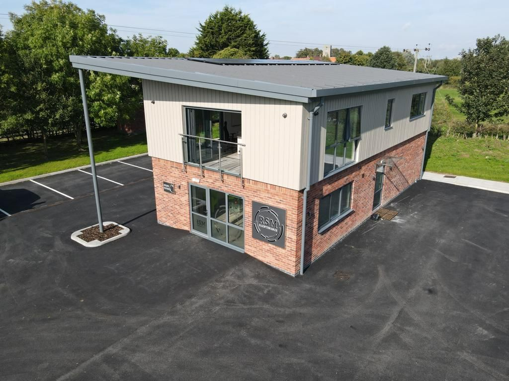 Planning permission for new commercial premises including offices and warehouses at RSM Maintenance near Lincoln