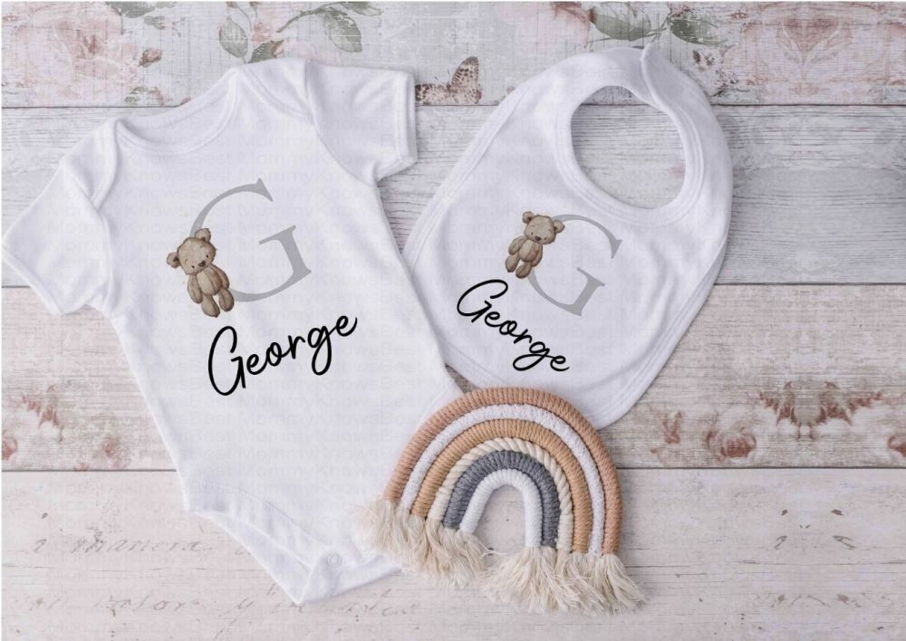 Personalised New baby / baby shower vest and bib gift set.