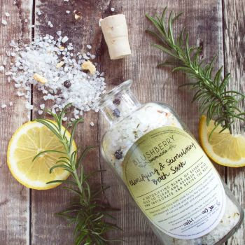 Clarifying & Stimulating Bath Soak
