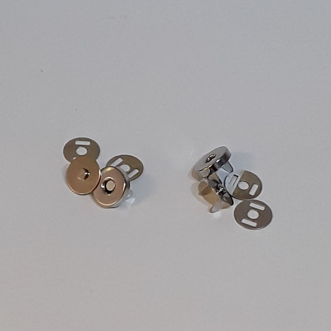 Magnetic Bag Clasps