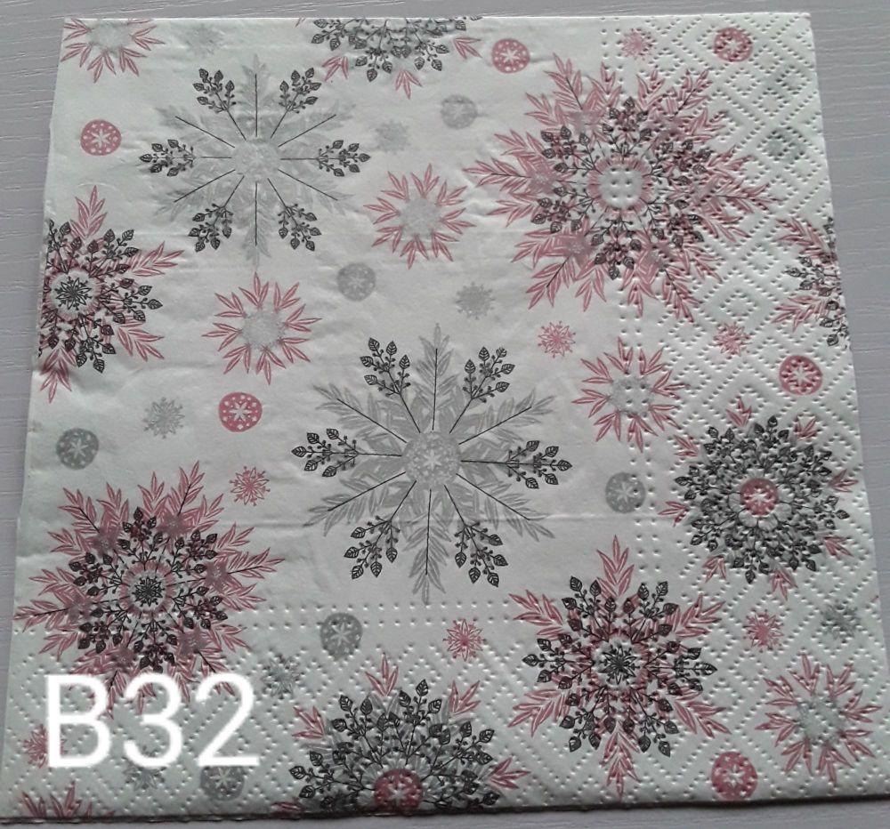 B32 - Snowflakes