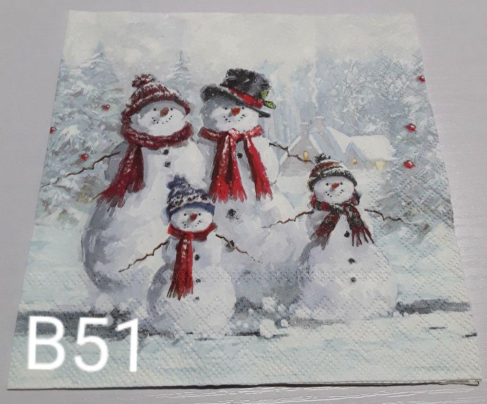 B51 - Snowman Family