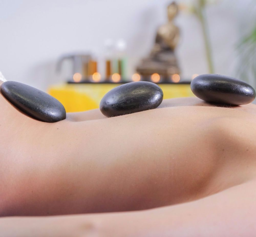 1.5 Hour Hot Stones Massage