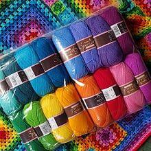 <!-- 002 -->Kits & Yarn