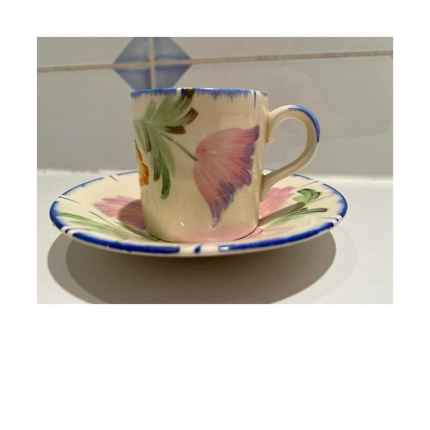 cup 074 m.jpg