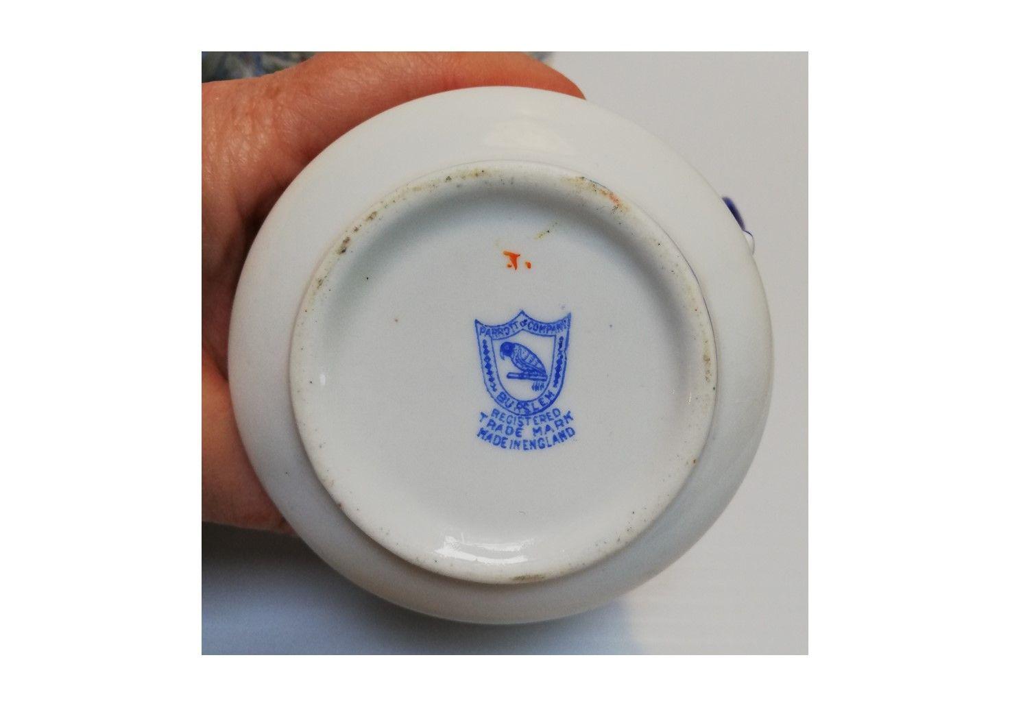 cup 084a.jpg