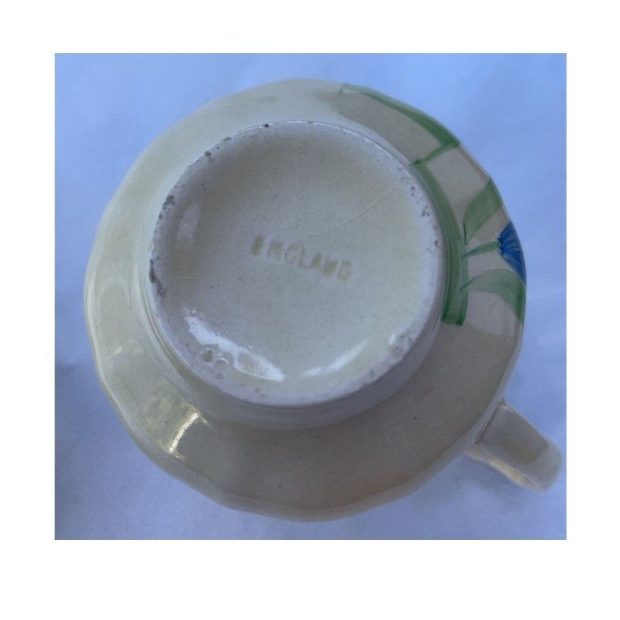 cup 089d.jpg