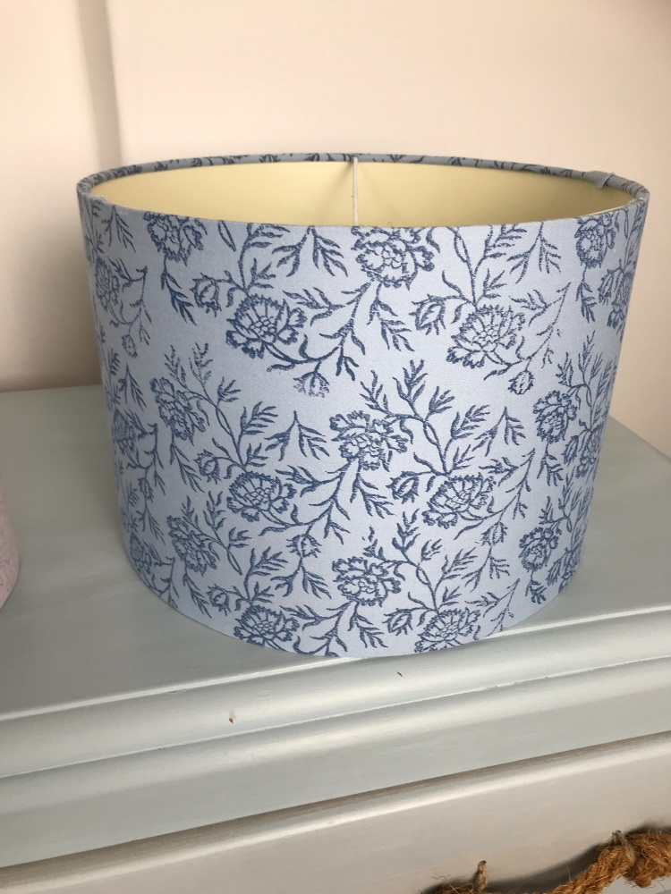 Blue paisley 30cm lampshade
