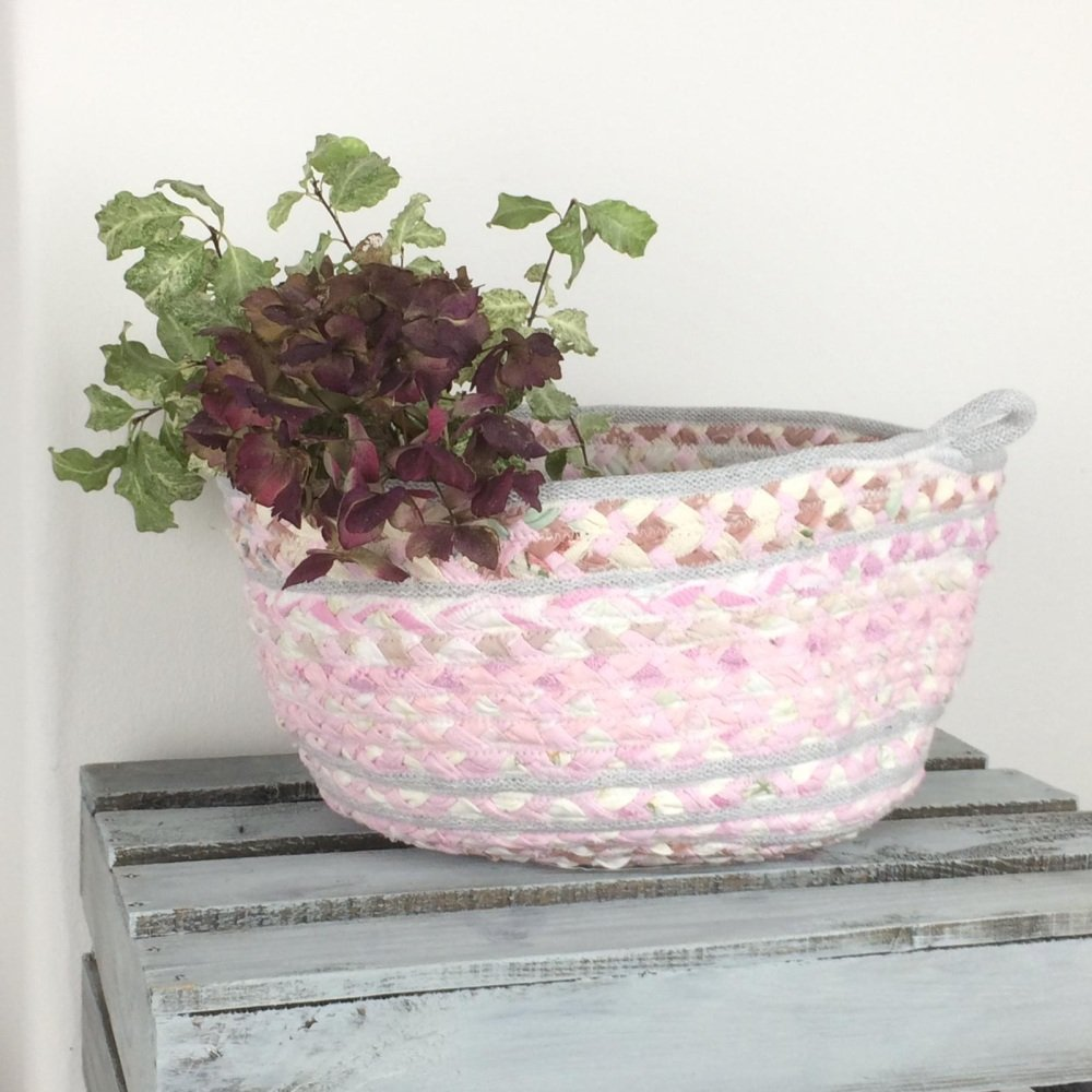 Small pink and grey basket