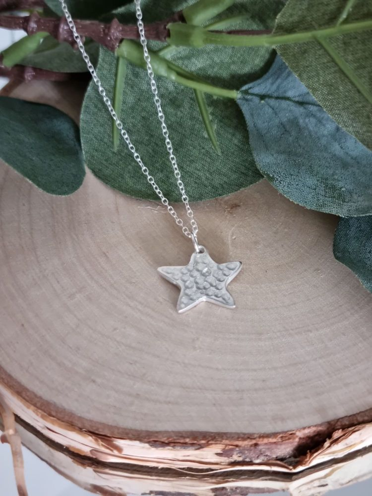 Textured Star Charm Necklace