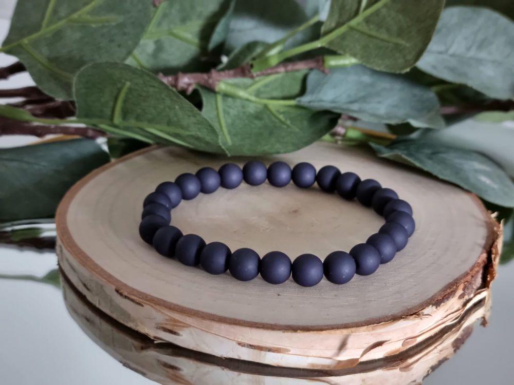 Acrylic Beaded Bracelet (Dark indigo)