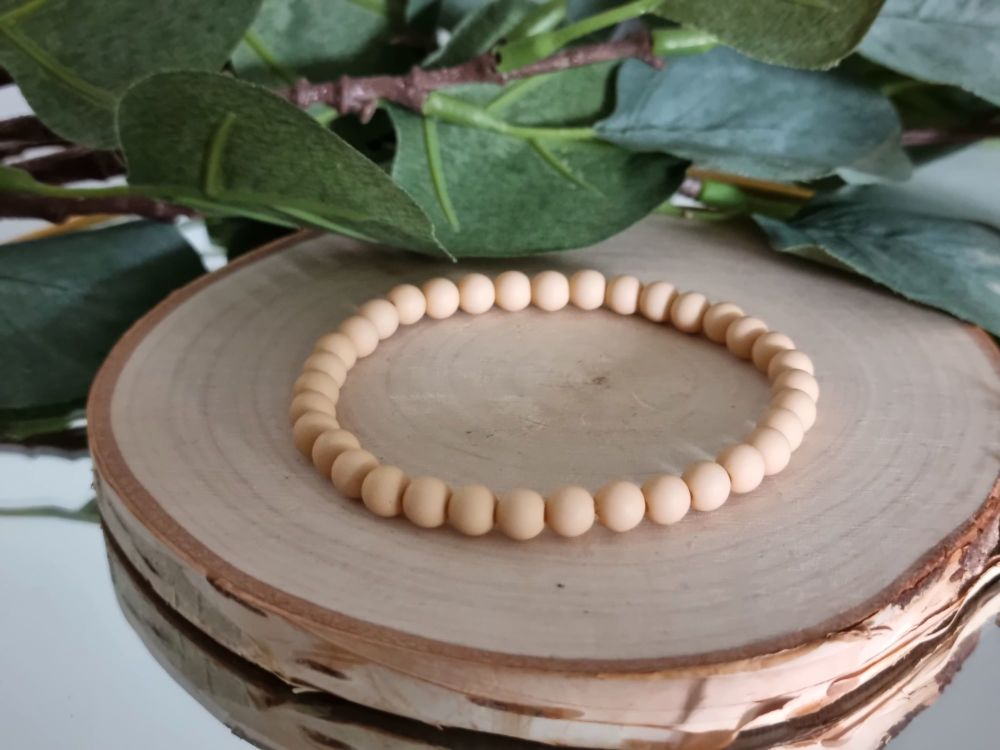 Acrylic Beaded Bracelet (Sand)