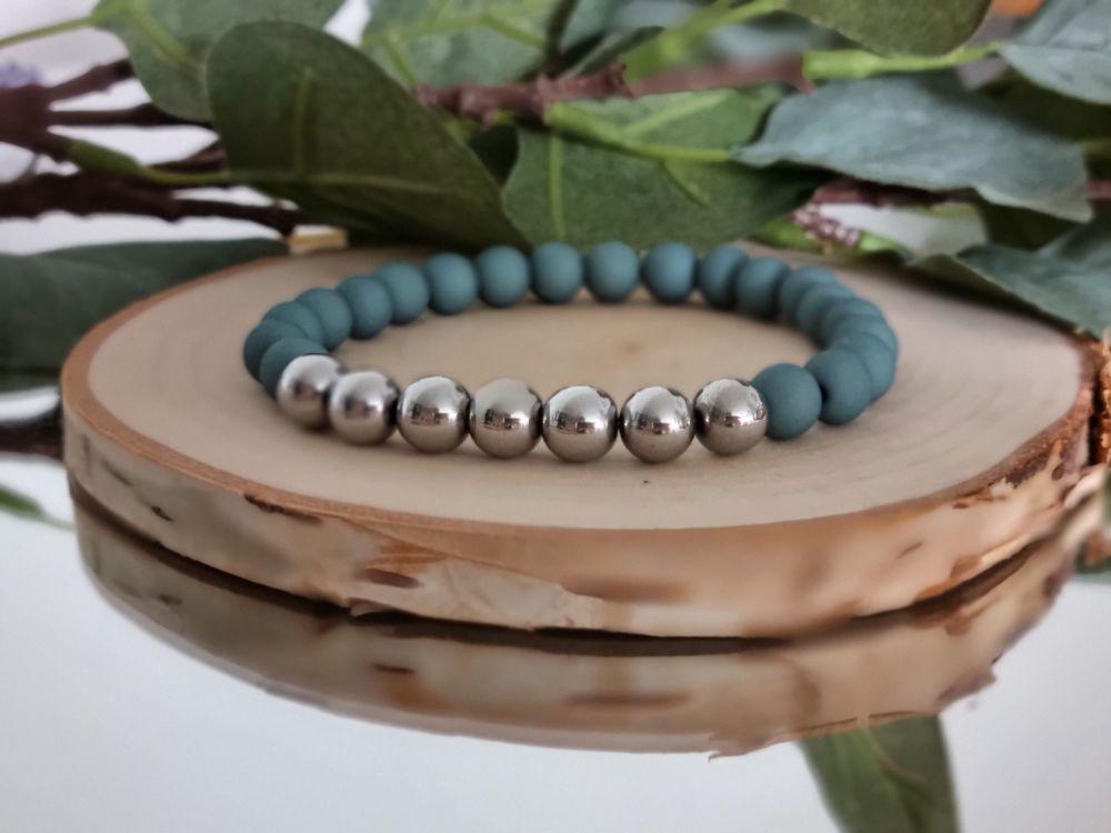 Hematite & Acrylic Beaded Bracelet Green