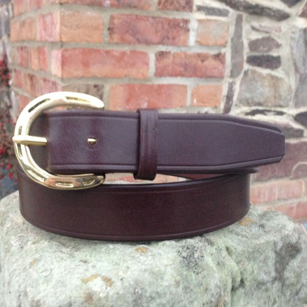 Leather Belt With Horseshoe Buckle