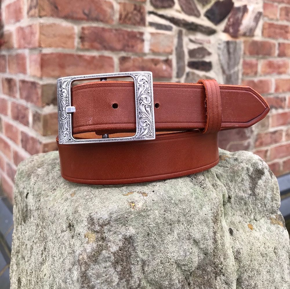 English Bridle Leather Belt With Laramie Buckle