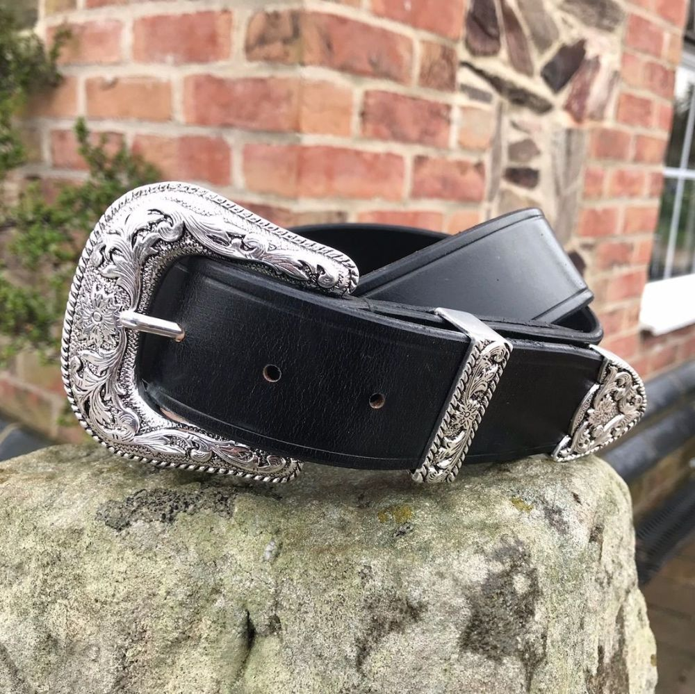 Leather Belt With Victorian Buckle Set
