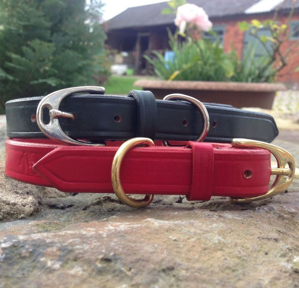 Dog Collar With Stirrup Buckle