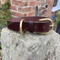 LEATHER COLLAR WITH LONDON BUCKLE