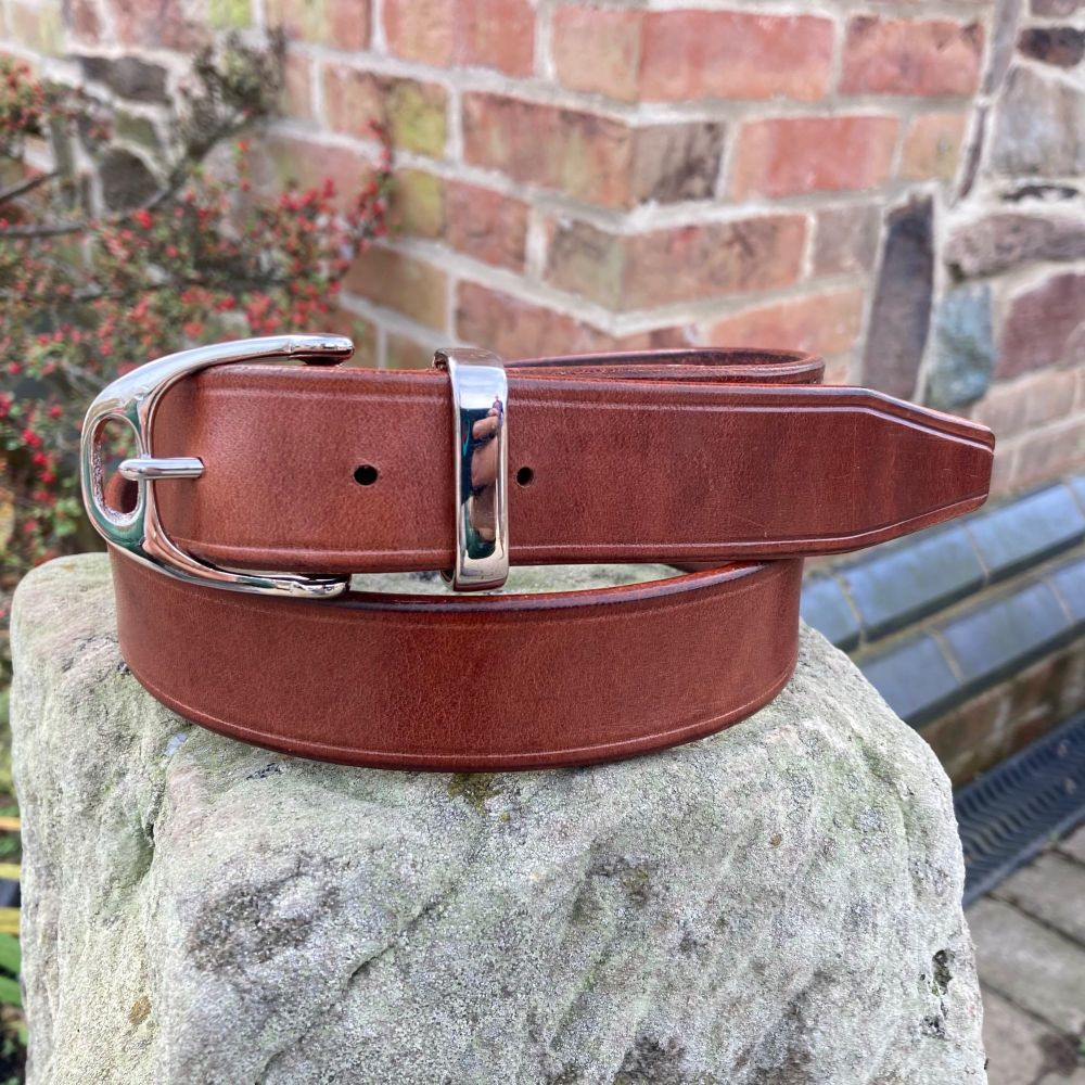 HAND STITCHED MID BROWN LEATHER BELT