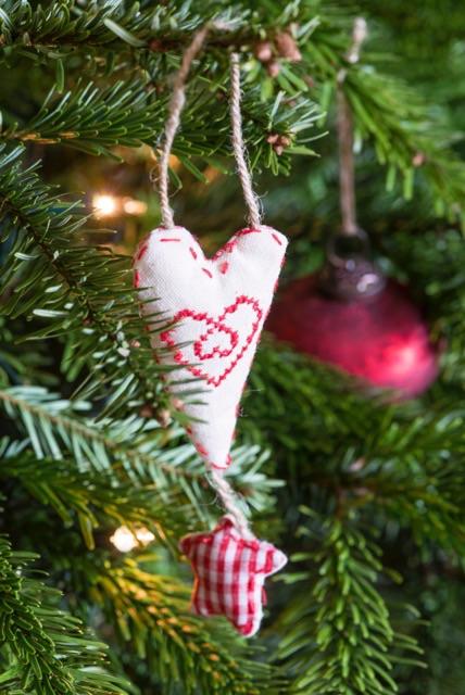 homemade heart decoration,fabric heart decoration,christmas heart decoration oxfordshire