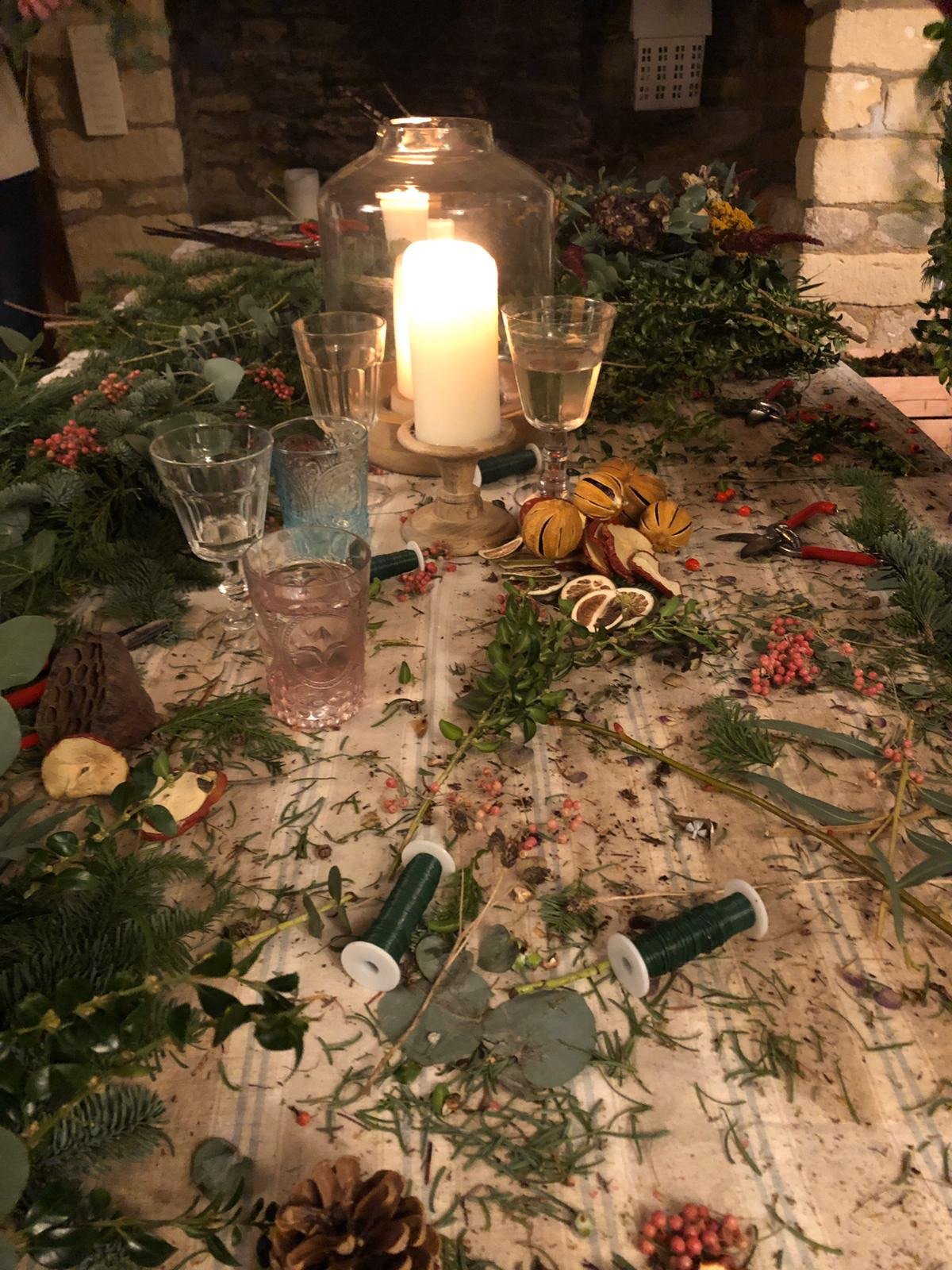 Wreath making workshop,caroline borgman christmas styling,christmas table,festive  decoration