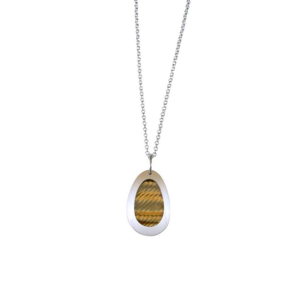 Gold pebble necklace
