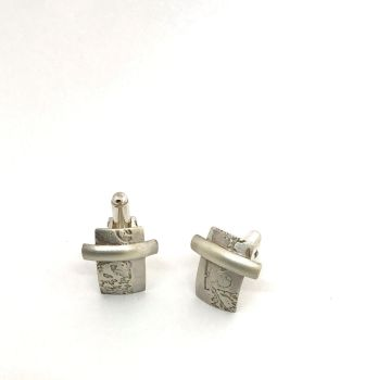 Etched Silver 'D' Bar Cufflinks.  Item ECT005