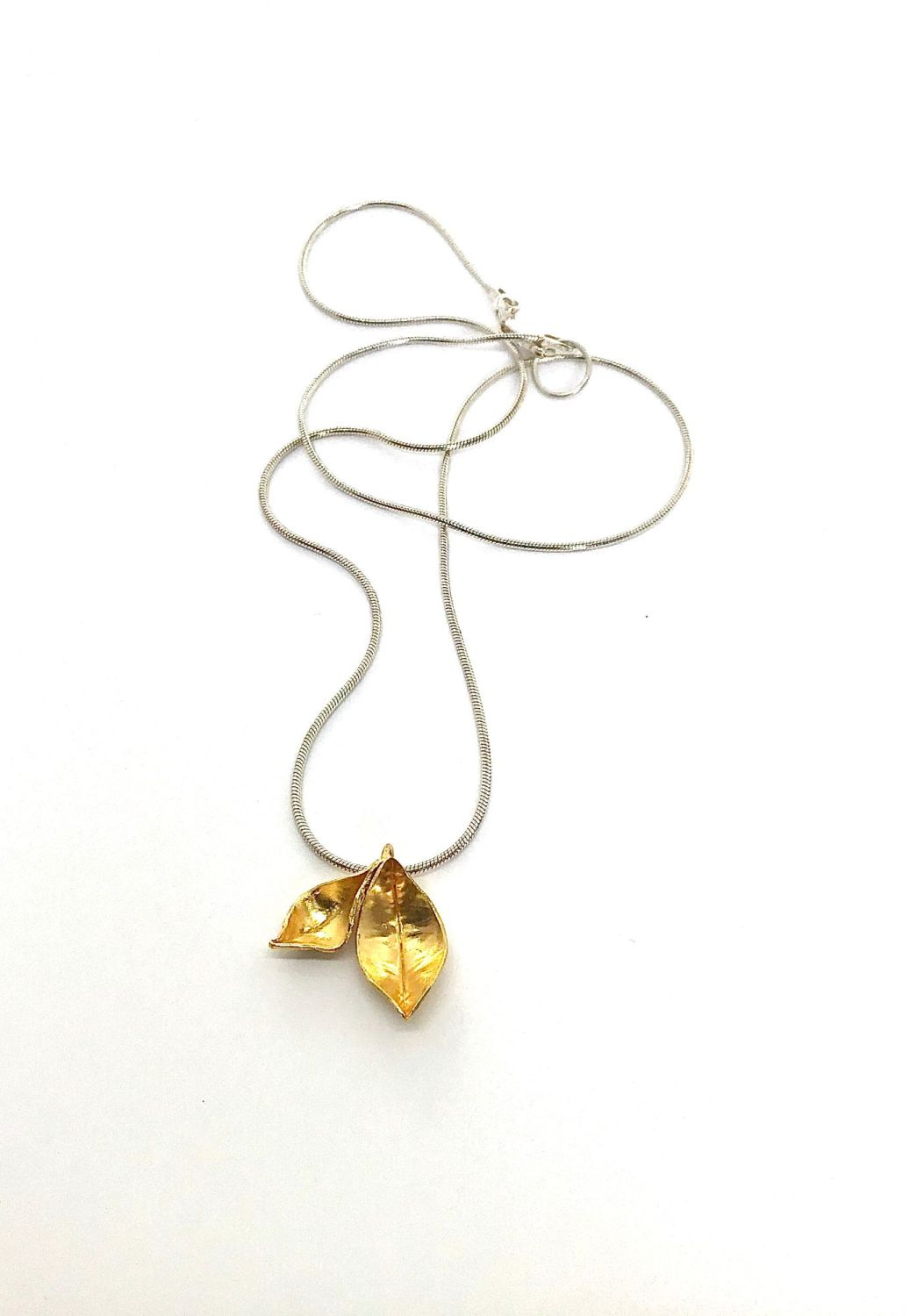 Double leaf goldplate pendant  ECT013
