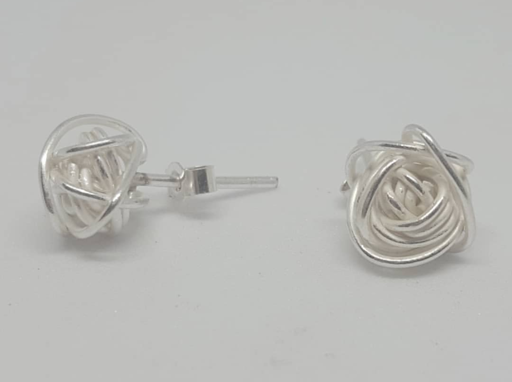 Silver Knot stud Earrings.